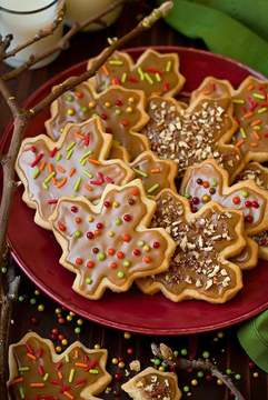 Thumb iced maple shortbread cookies66