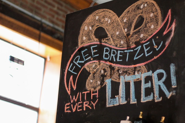 Günter Hans has awesome specials like a free bretzel with the purchase of a liter of beer!