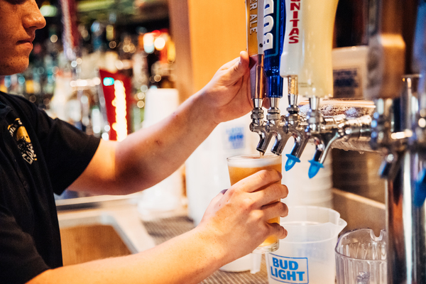Offering draft and craft beer in Columbia, Mo, Shiloh's is the best place to spend your weekends.